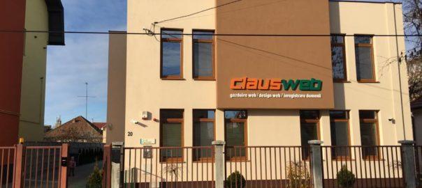 Claus Web